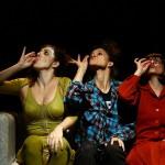 """""""Os Adultos Estão na Sala"""", com dramaturgia e direção de Michelle Ferreira (Sesc Pinheiros)."""